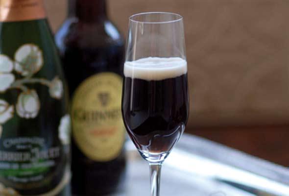 Cocktail Black Velvet