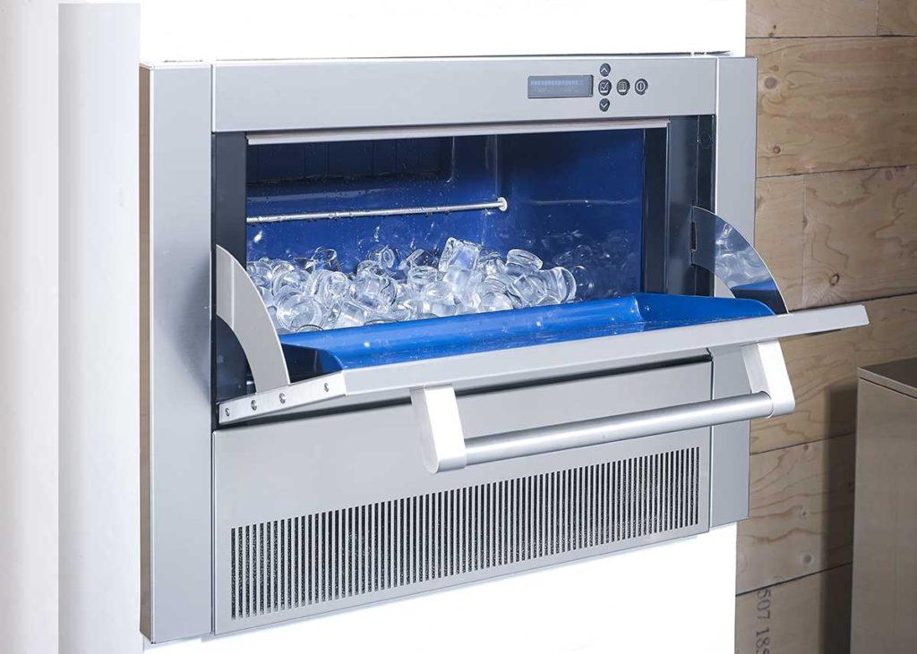 Fabbricante di ghiaccio da cucina